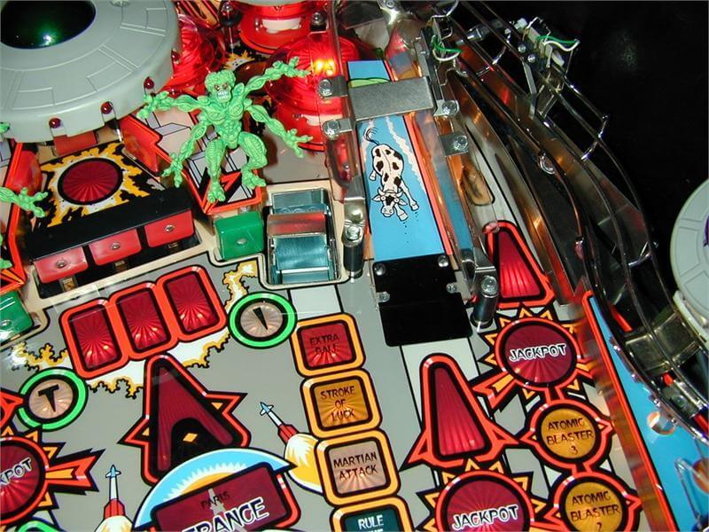 Attack from mars slot machine